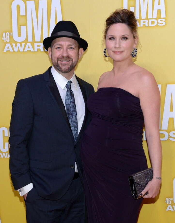 (L-R) Kristian Bush and Jennifer Nettles of Sugarland attend the 46th annual CMA Awards at the Bridgestone Arena on November 1, 2012 in Nashville, Tennessee. Photo: Jason Kempin, Getty Images / 2012 Getty Images