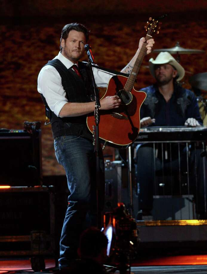 NASHVILLE, TN - NOVEMBER 01:  Blake Shelton performs during the 46th annual CMA Awards at the Bridgestone Arena on November 1, 2012 in Nashville, Tennessee. Photo: Jason Kempin, Getty Images / 2012 Getty Images