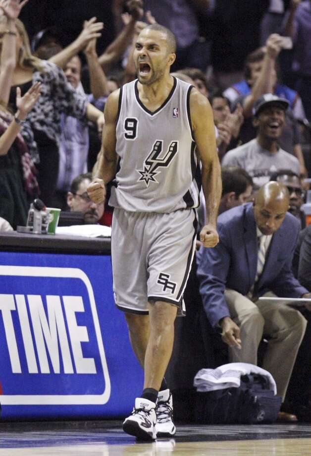 San Antonio Spurs' Tony Parker reacts after making a two point basket to win the game against the Oklahoma City Thunder Thursday Nov. 1, 2012 at the AT&T Center. The Spurs won 86-84. (Edward A. Ornelas / San Antonio Express-News)