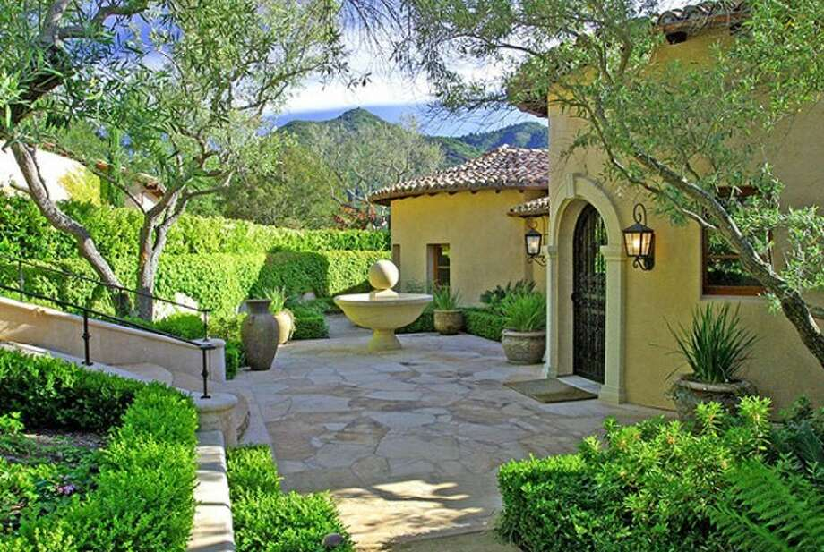 Photos via Marilyn Rich, listing agent. http://www.finelivingmarin.com/properties/villadella