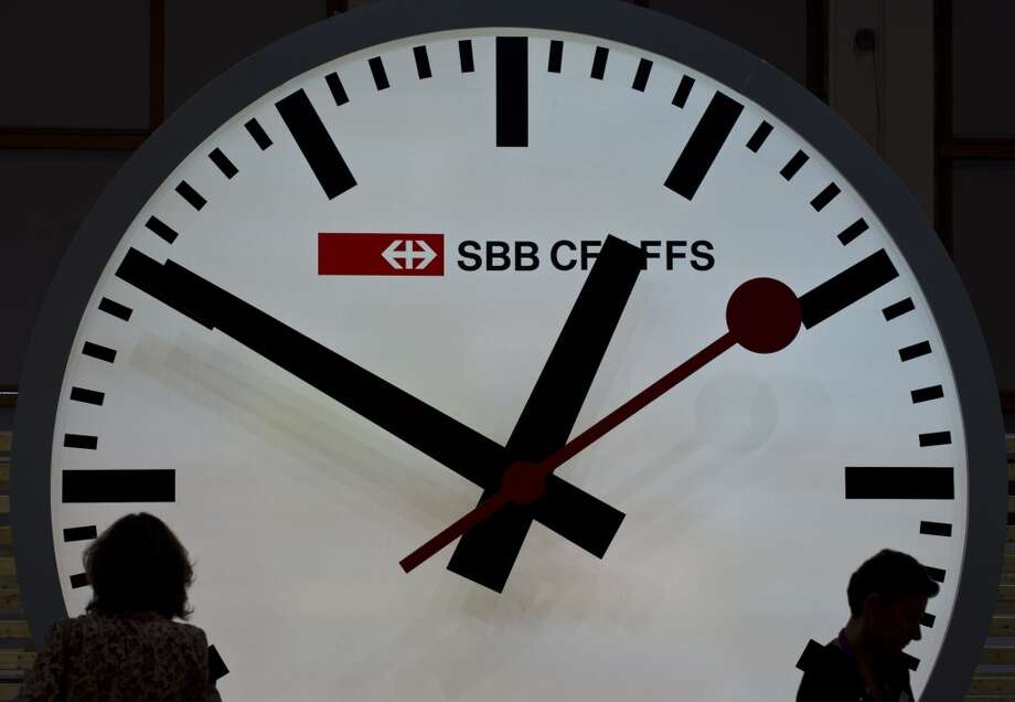 Spring ahead and Fall back: Daylight Saving Time ends at 2 a.m. Sunday, when clocks should be turned back one hour. (Feel free to do so before you go to bed or after you wake up.) Here are some DST facts you should know: (AFP/Getty Images)