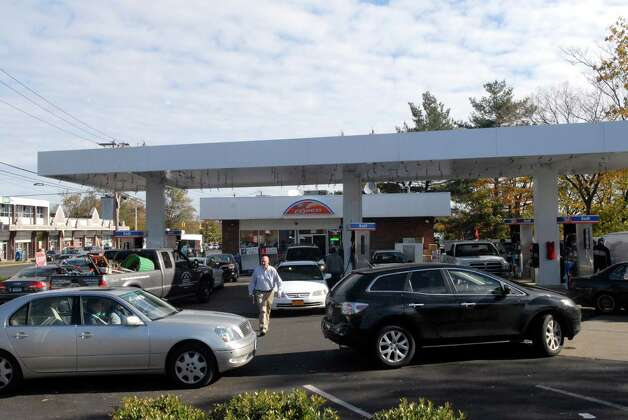Cars from New York and Connecticut line up for gas at the Shell station on the Post Rd near exit 9 in Stamford, Conn. on Friday November 2, 2012. Photo: Dru Nadler / Stamford Advocate Freelance