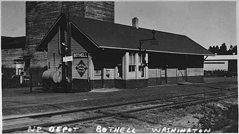 36. Bothell: The richest 5 percent in this community were paid 16.3 percent of the pay, while the poorest 20 percent received 4.4 percent of the pay. Photo: IMLS DCC/Flickr, /