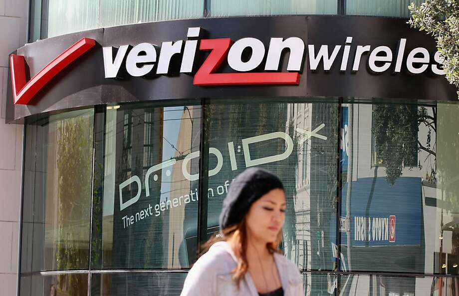 Verizon, along with AT&T, has introduced a shared data plan that means more data use, more cost. Photo: Justin Sullivan, Getty Images