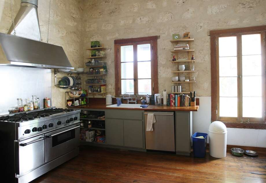 A view of the kitchen area at the Johanna and Ziad Sawalha house on Lavaca Street, Tuesday, Oct. 30, 2012. (San Antonio Express-News)