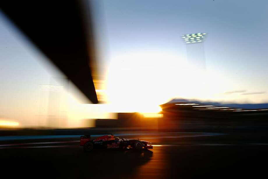 Mark Webber of Australia and Red Bull Racing drives during practice for the Abu Dhabi Formula One Grand Prix at the Yas Marina Circuit on November 2, 2012 in Abu Dhabi, United Arab Emirates. Photo: Paul Gilham, Getty Images