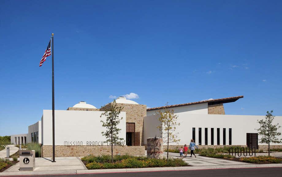 Mission Branch Library: Recipient of the 2012 Mayor's Choice Award. San Antonio. Architect: Kell Muñoz Architects. Photo: Courtesy Photo