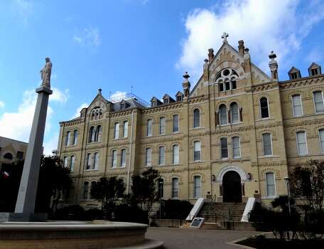 St. Mary's University recently restored the 118-year-old St. Louis Hall through a $6.1 million preservation project. Read More Photo: Billy Calzada, San Antonio Express News / San Antonio Express News