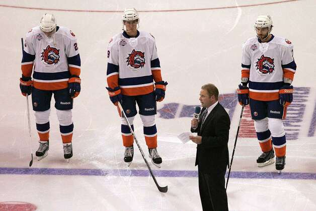 Mike Ross Connecticut Post freelance - Soundtigers Head Coach Scott Pellerin gives speach in honor of victims of Hurricane Sandy on Saturday at the Hershey Bears AHL game. Photo: Mike Ross / Connecticut Post Freelance