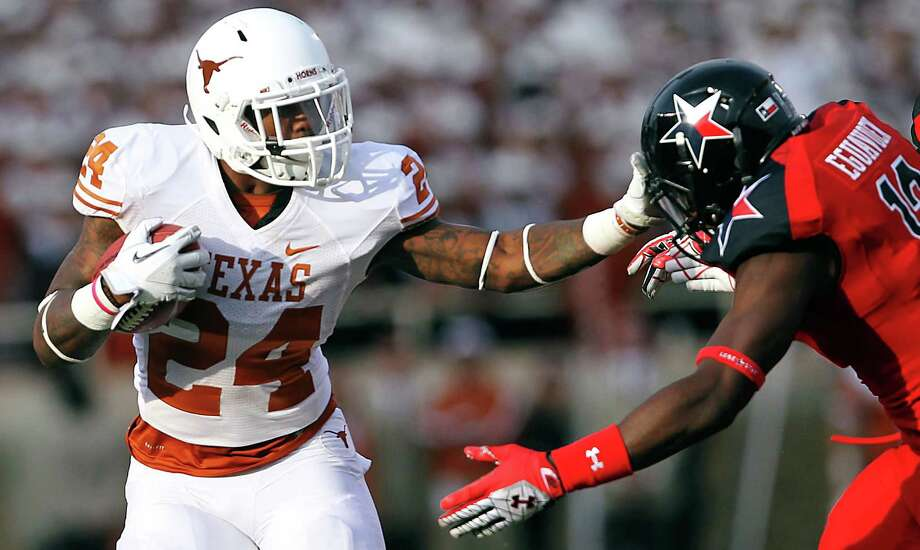 Texas' Joe Bergeron rushed for 362 yards in limited action last season. Photo: Stephen Spillman, Associated Press / The Avalanche-Journal