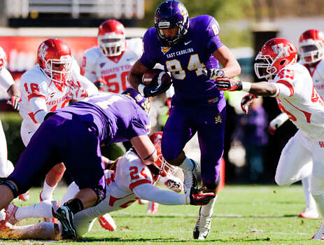 East Carolina's Justin Jones (84) runs the ball against Houston during their NCAA college football game, Saturday, Nov. 3, 2012, in Greenville, N.C. East Carolina won 48-28. (AP Photo/The Daily Reflector, Scott Davis) Photo: Scott Davis, Associated Press / The Daily Reflector