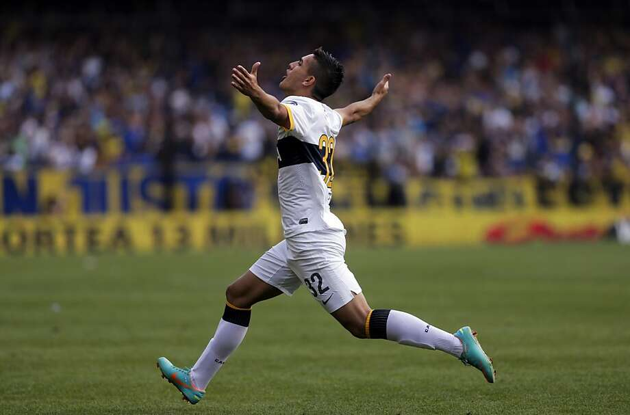 Boca Juniors' Leandro Paredes celebrates his goal against San Lorenzo at an Argentine league soccer match in Buenos Aires, Argentina, Saturday, Nov. 3, 2012. Photo: Victor R. Caivano, Associated Press