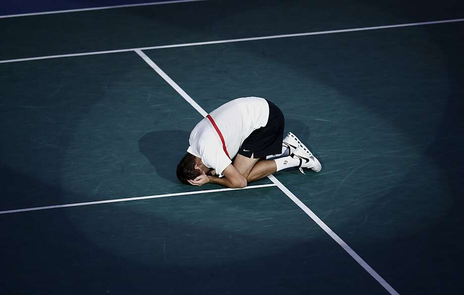 Jerzy Janowicz of Poland reacts after defeating Gilles Simon of France during their semifinal match at the Paris Tennis Masters tournament, Saturday, Nov. 3, 2012. Photo: Christophe Ena, Associated Press