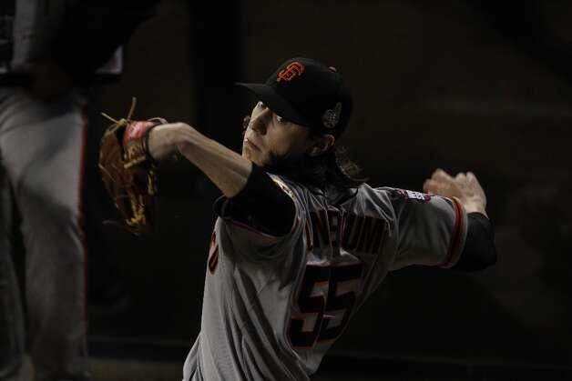 Giants' pitcher Tim Lincecum warms up in the bullpen during the World Series game 3 at Comerica Park in Detroit, MI, on Saturday, Oct. 27, 2012. Photo: Carlos Avila Gonzalez, The Chronicle / ONLINE_YES
