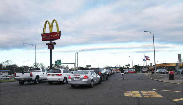 Cars, many from New Jersey and NewYork, wait in line for gas at a rest stop in Fairfield, Conn. on Sunday, November 4, 2012. Photo: BK Angeletti, B.K. Angeletti / Connecticut Post freelance B.K. Angeletti