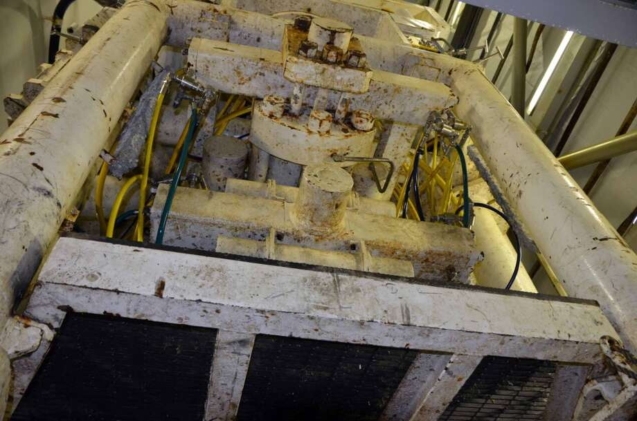 The blowout preventer on the Noble Discoverer drillship has two sets of shearing rams meant to cut through drill pipe in case of an emergency. (Photo: Jennifer A. Dlouhy / The Houston Chronicle) (Jennifer A. Dlouhy)