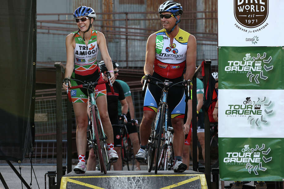 Dana Quarles, (cq), left, and Ed Purvis line up to compete in the Two-Person Team Trials of the Tour de Gruene, Sunday, Nov. 4, 2012. The event was the last of the two-day time trials. Teams competed in a 26.6-mile course along River Road near Gruene and along FM 306. Photo: Jerry Lara, Express-News / © 2012 San Antonio Express-News