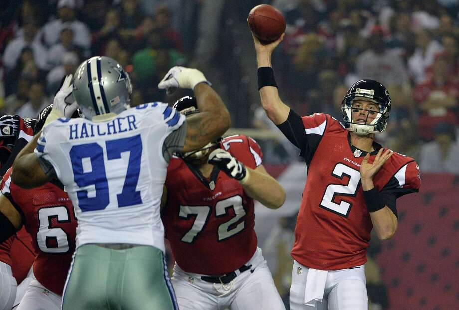 Atlanta Falcons quarterback Matt Ryan (2) throws a pass during the first half of an NFL football game against the Dallas Cowboys Sunday, Nov. 4, 2012, in Atlanta. (AP Photo/Rich Addicks) Photo: Rich Addicks, Express-News / FR170246 AP