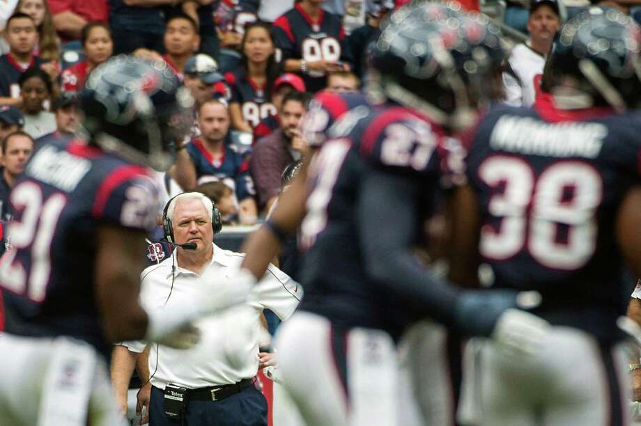 Texans defensive coordinator Wade Phillips watches his team during the first half. Photo: Smiley N. Pool, Houston Chronicle / © 2012  Houston Chronicle