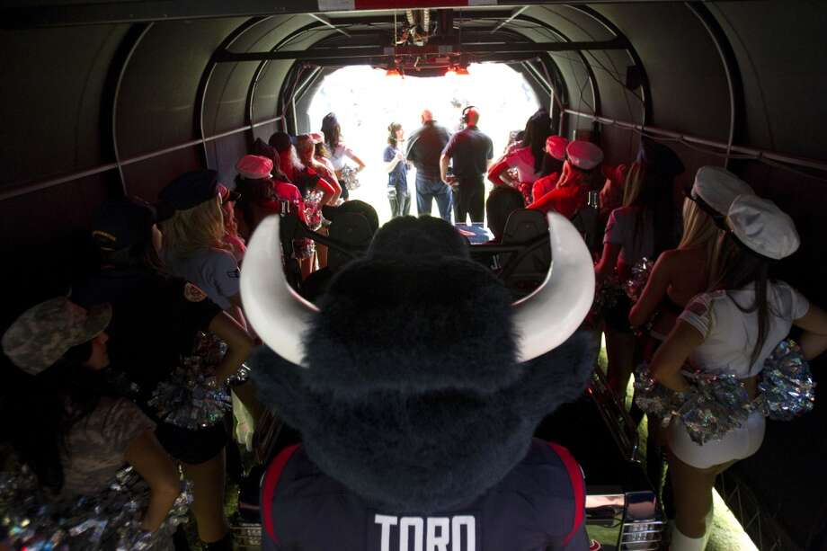 Houston Texans mascot Toro waits in the tunnel to take the field before facing the Texans faced the Bills at Reliant Stadium. (Brett Coomer / Houston Chronicle)