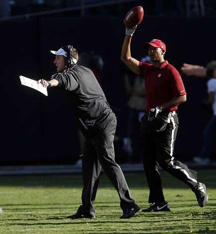 Running woes doom Raiders' Carson Palmer