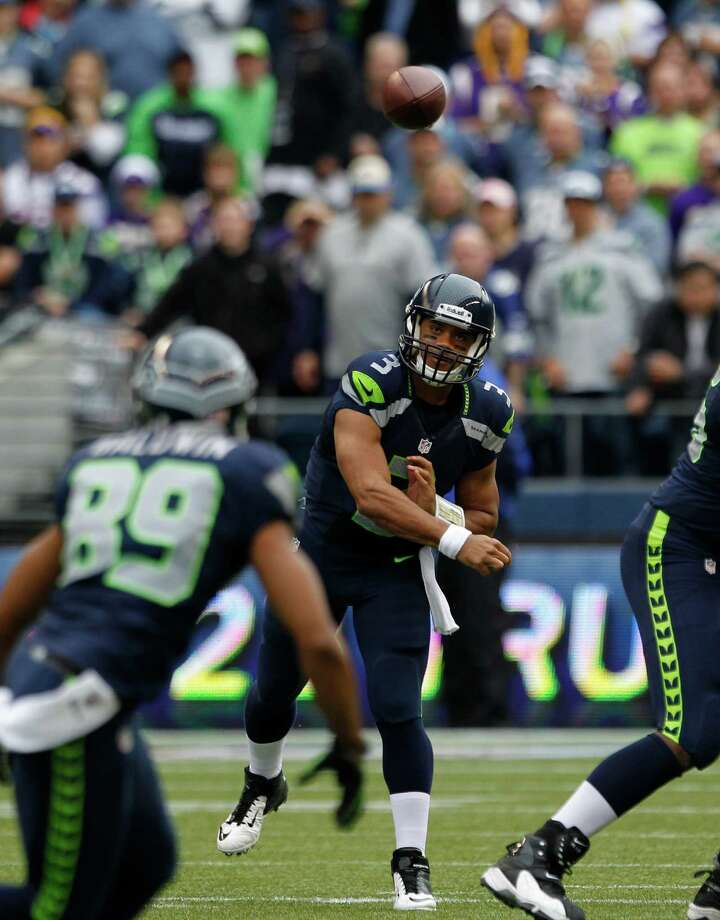 Seattle Seahawks Russell Wilson in action against the Minnesota Vikings in the first half of an NFL football game, Sunday, Nov. 4, 2012, in Seattle. Photo: AP