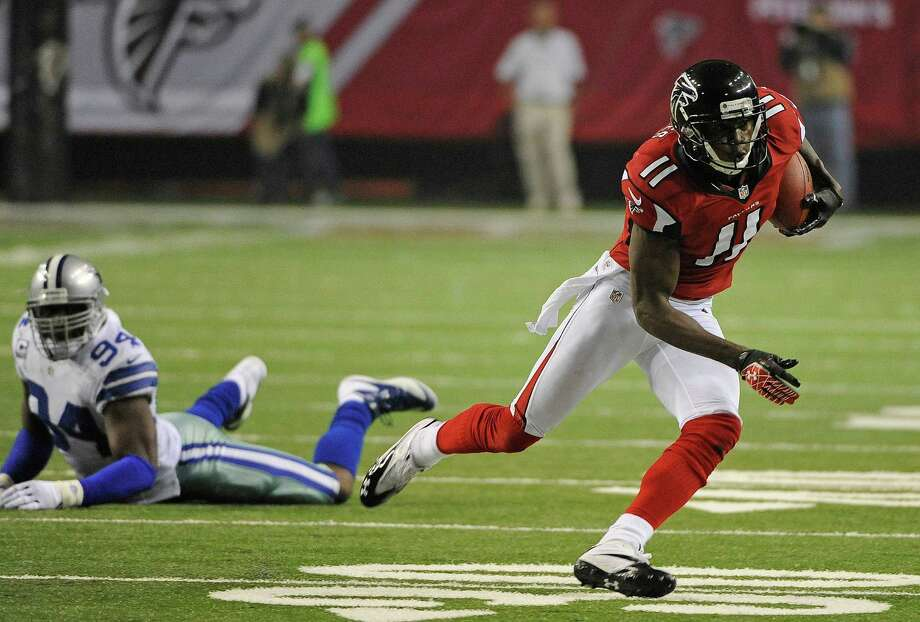 Atlanta Falcons wide receiver Julio Jones (11) is shown during the second half of an NFL football game Sunday, Nov. 4, 2012, in Atlanta. (AP Photo/David Tulis) Photo: David Tulis, Associated Press / FR170493 AP