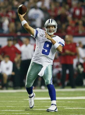 Tony Romo #9 of the Dallas Cowboys passes against the Atlanta Falcons at Georgia Dome on November 4, 2012 in Atlanta, Georgia. Photo: Kevin C. Cox, Getty Images / 2012 Getty Images