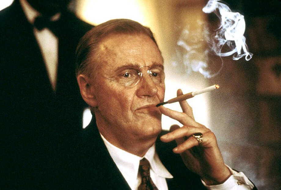 "Jon Voight as Franklin D. Roosevelt in ""Pearl Harbor"" / ©Touchstone Pictures/Courtesy Everett Collection"