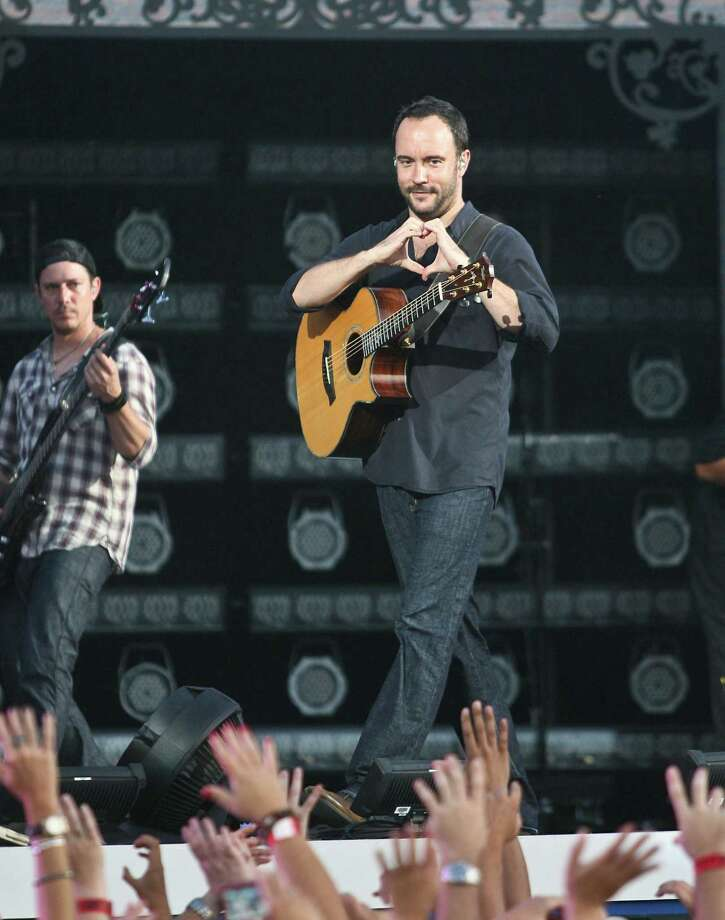 Frat boys old and new still love Dave Matthews Band. Photo: Kerry Maloney, AP / FR111589 AP