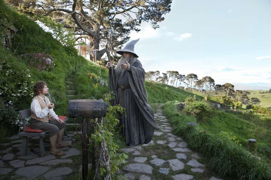(L-r) MARTIN FREEMAN as Bilbo Baggins and IAN McKELLEN as Gandalf in New Line Cinema's and MGM'