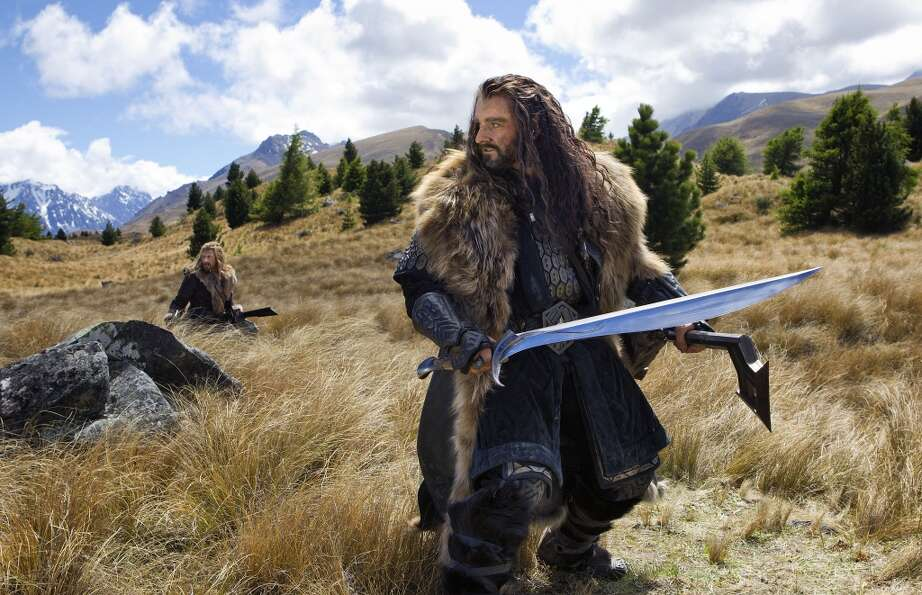 (L-r) DEAN O'GORMAN as Fili and RICHARD ARMITAGE as Thorin Oakenshield in New Line Cinema'