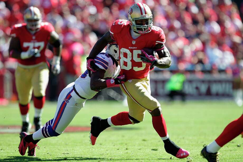 Vernon Davis is...  Photo: Tony Avelar, Associated Press / FR155217 AP