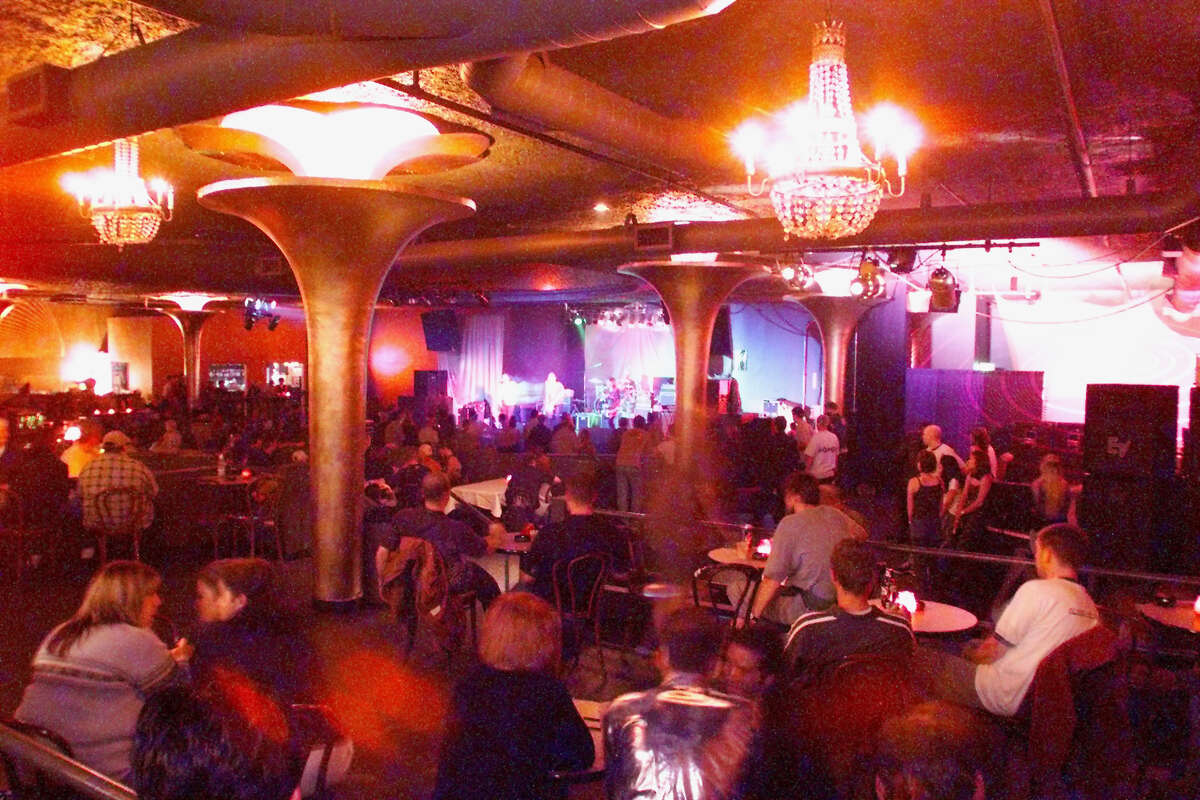 DIGITAL IMAGE LIV/Showbox - Recent renovations at the Showbox now allow those in the bar to see the stage.