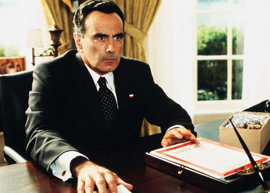 "Dan Hedaya as Richard Nixon in ""Dick"""