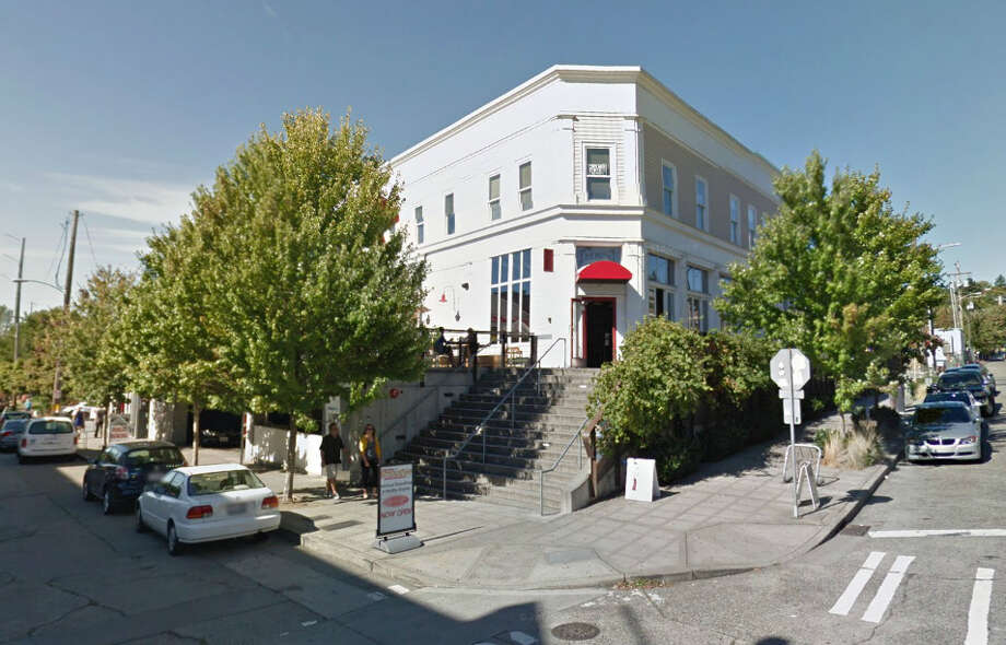 Seattle's iconic Red Door to pour out its final pint this March. Photo: Google Maps, Screenshot / Google Maps