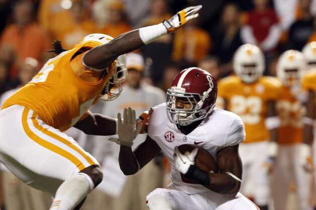 Alabama wide receiver Cyrus Jones (8) in action during the first quarter of an NCAA college football game on Saturday, Oct. 20, 2012 in Knoxville, Tenn. (AP Photo/Wade Payne) (Associated Press)