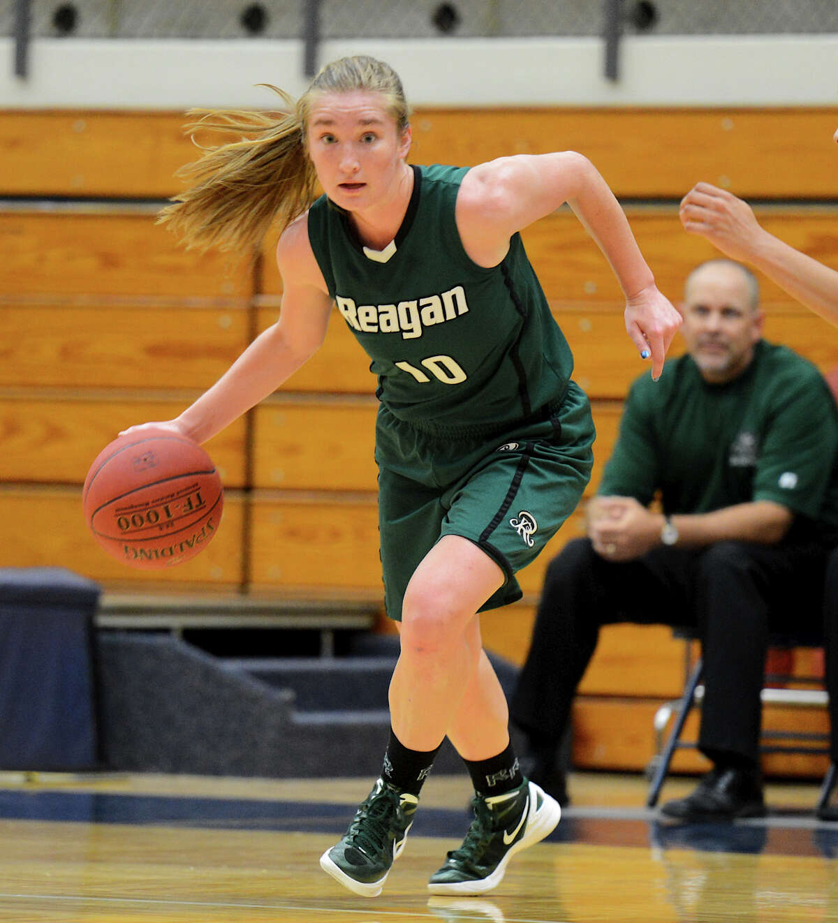 Reagan's Wendy Knight during a girls non-district basketball game between the Brennan Bears and the Reagan Rattlers at Paul Taylor Field House in San Antonio, Saturday, November 5, 2012. John Albright / Special to the Express-News.