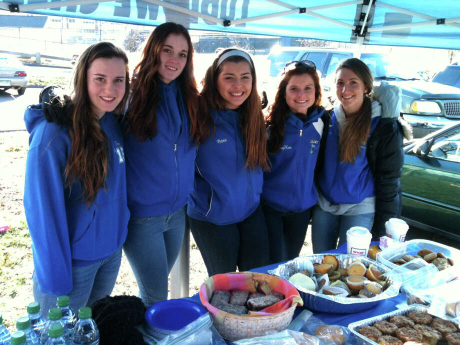 Fairfield Ludlowe High School cheerleaders held a baked goods sale in the parking lot of the school during Tuesday's election. Fairfield CT 11/6/12 Photo: Andrew Brophy / Fairfield Citizen contributed
