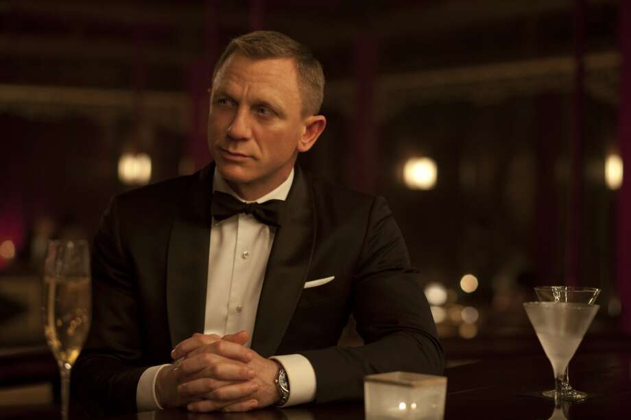 Wearing Tom Ford suits, Daniel Craig returns as James Bond SKYFALL, which opens Friday.  (Francois Duhamel)