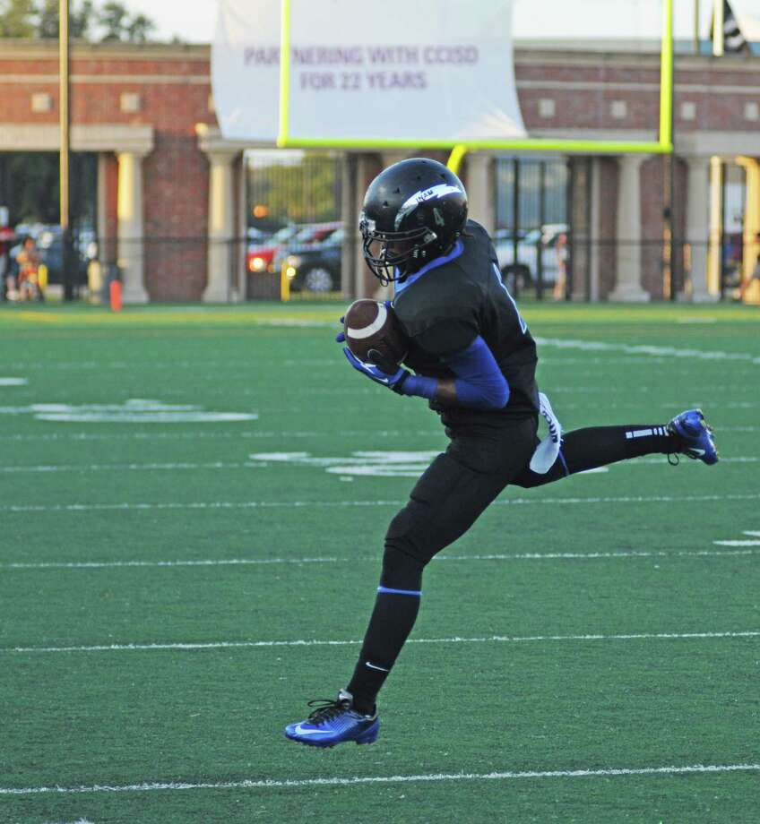 Clear Springs sophomore Devin Milburn and the Chargers will try to grab another undefeated District 24-5A title against rival Clear Creek at 7 p.m. Friday, Nov. 9, 2012, at Clear Creek ISD Veterans Memorial Stadium. Photo: L. Scott Hainline / Chronicle