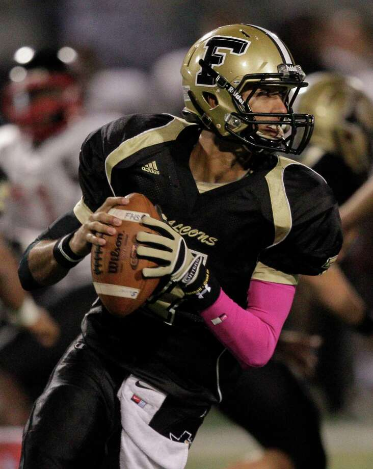 Foster quarterback Hasan Rizvi has had a stellar senior season. Photo: Bob Levey, Photographer / Houston Chronicle