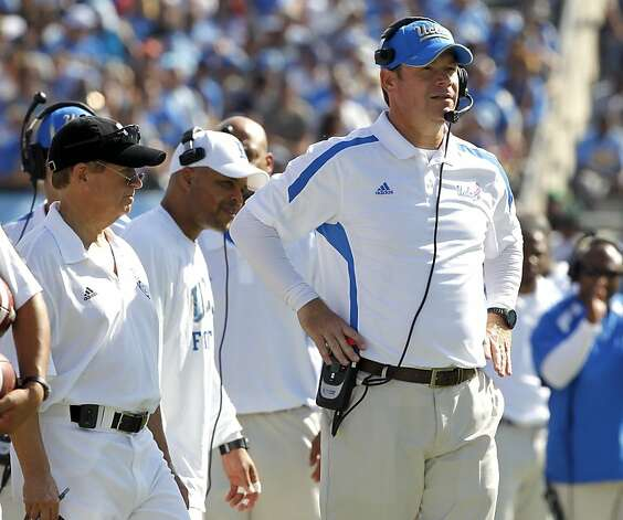 Jim Mora Photo: Alex Gallardo, Associated Press
