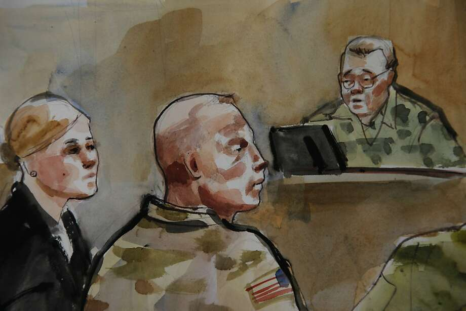 U.S. Army Staff Sgt. Robert Bales (center), accused of killing 16 Afghans, attends a preliminary hearing in a military courtroom in Joint Base Lewis-McChord, Wash., in an artist's sketch. Photo: Lois Silver, Associated Press