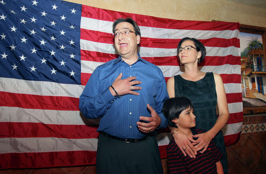 The candidate stands with his wife Elena and son Nicolas to thank supporters as the election night watch party for State Representative Pete Gallego, D-Alpine, who is challenging U.S. Representative Francisco Canseco for his seat in the U.S. House District 23  on November 6, 2012. Photo: Tom Reel, San Antonio Express-News / ©2012 San Antono Express-News