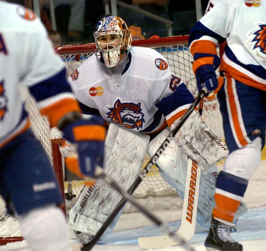 Sound Tigers goalie Rick DiPietro was on the ice tonight in action against the Springfield Falcons, in Bridgeport, Conn. on Saturday Dec. 05, 2009. Photo: Christian Abraham / Connecticut Post