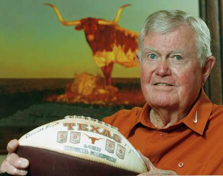 Former Texas head football coach Darrell Royal is shown at his apartment complex Tuesday, Sept. 18, 2007, in Austin, Texas. He began as head coach of the Longhorns 50 years ago. Photo: Harry Cabluck, AP / AP