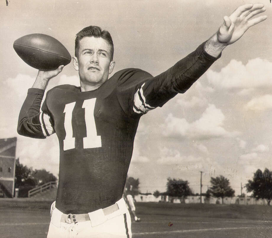 Darrell Royal was a star split T quarterbaack at Oklahoma was named head football coach at Mississippi Statein 1954.