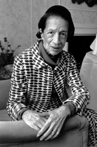 4th June 1980:  Diana Vreeland (1903 - 1989), French-born editor of American Vogue magazine up to 1971.  (Photo by Evening Standard/Getty Images) Photo: Evening Standard, Stringer / Hulton Archive