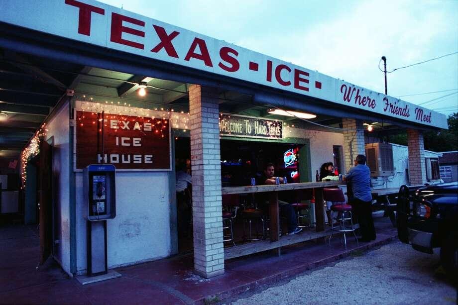 The Texas Ice House on Blanco Road. (SAN ANTONIO EXPRESS-NEWS)